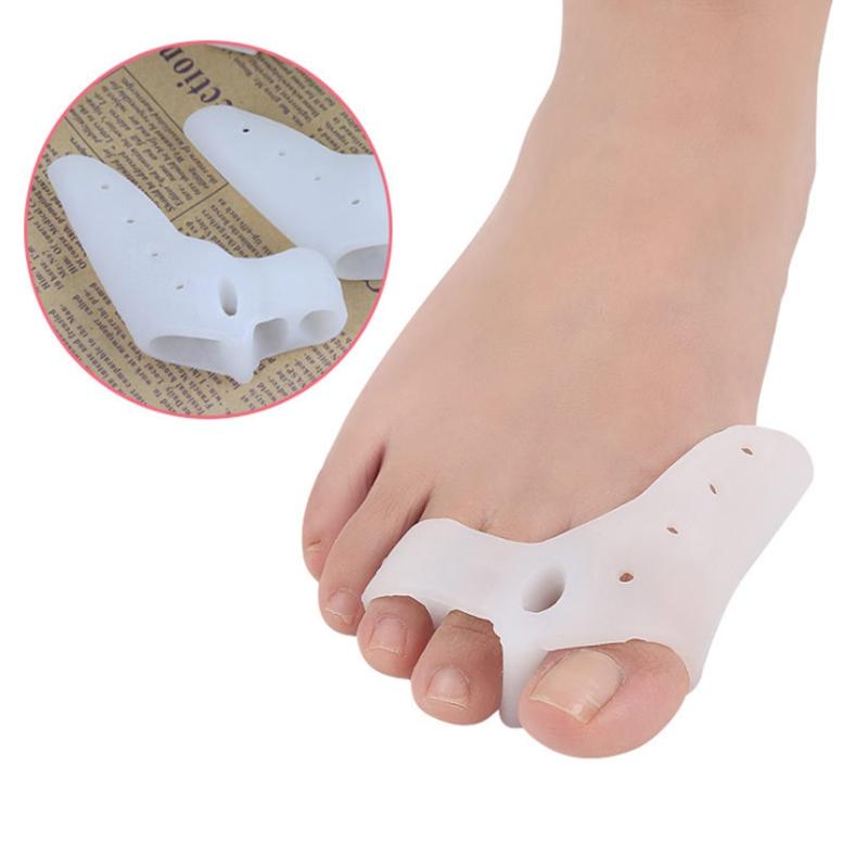 [해외]800Pairs/lot  Big Toe Separator Protection Corrector Silicone Hallux Valgus 3 holes Thumb Toe Separator Corrector /800Pairs/lot  Big Toe Separator